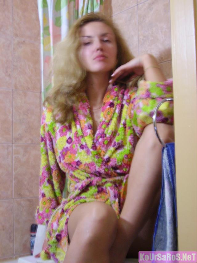 40άρα Ρωσίδα ψώλα, μας ξενερώνει λίγο την αρχή, αλλά μετά το πάει καλά! 46