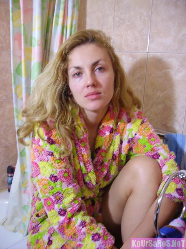 40άρα Ρωσίδα ψώλα, μας ξενερώνει λίγο την αρχή, αλλά μετά το πάει καλά! 50