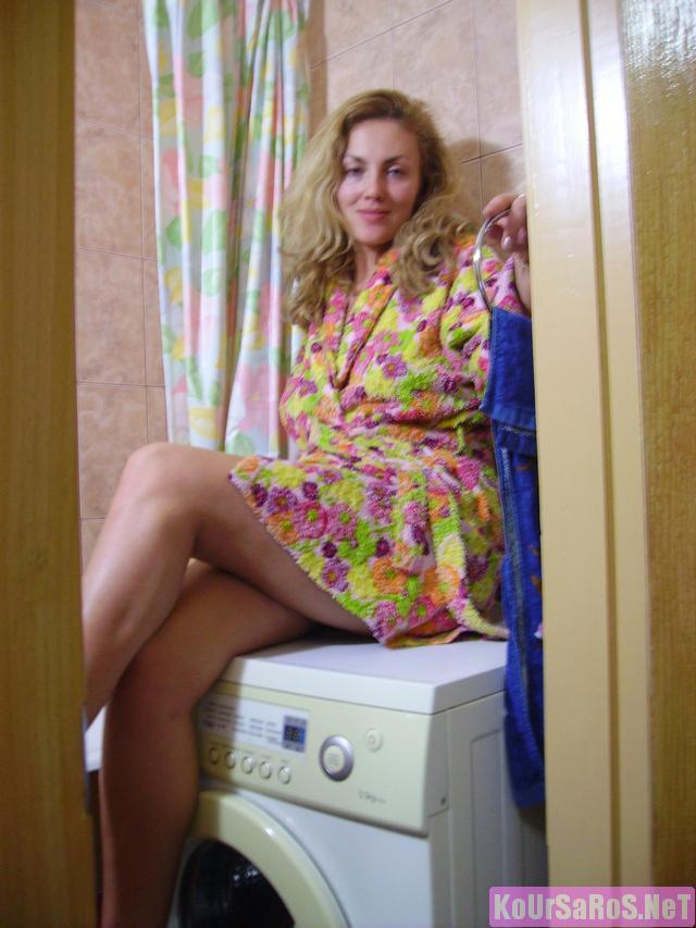40άρα Ρωσίδα ψώλα, μας ξενερώνει λίγο την αρχή, αλλά μετά το πάει καλά! 14