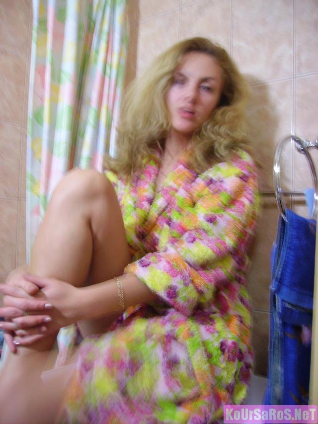 40άρα Ρωσίδα ψώλα, μας ξενερώνει λίγο την αρχή, αλλά μετά το πάει καλά! 18