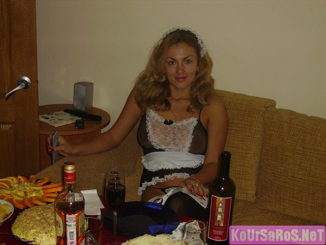 40άρα Ρωσίδα ψώλα, μας ξενερώνει λίγο την αρχή, αλλά μετά το πάει καλά! 29
