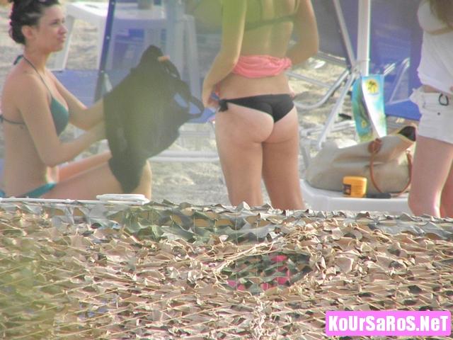 Πιπινοκωλαράκια σε Ελληνική παραλία... 24