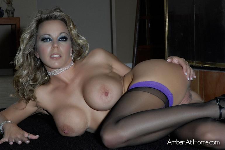Amber Lynn Bach η πορνοστάρ MiLf τούμπανο, που θυμίζει μαμά που αποπλανεί! 54