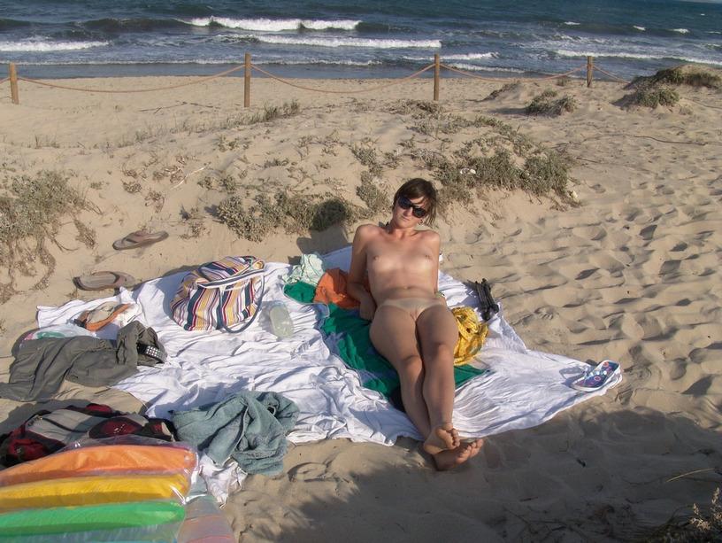 Πολωνέζα τσουλίτσα, ποζάρει και γαμιέται Χειμώνα - Καλοκαίρι! 39