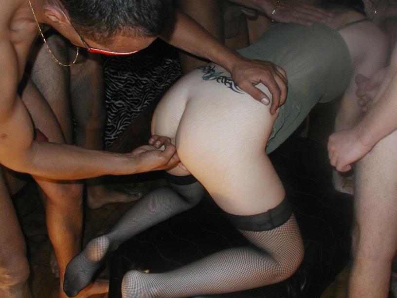 видео жену по кругу