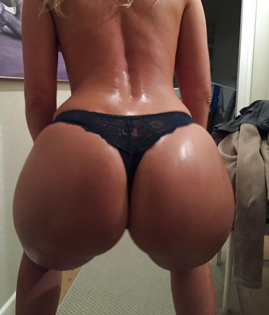 Black thong ass — photo 13