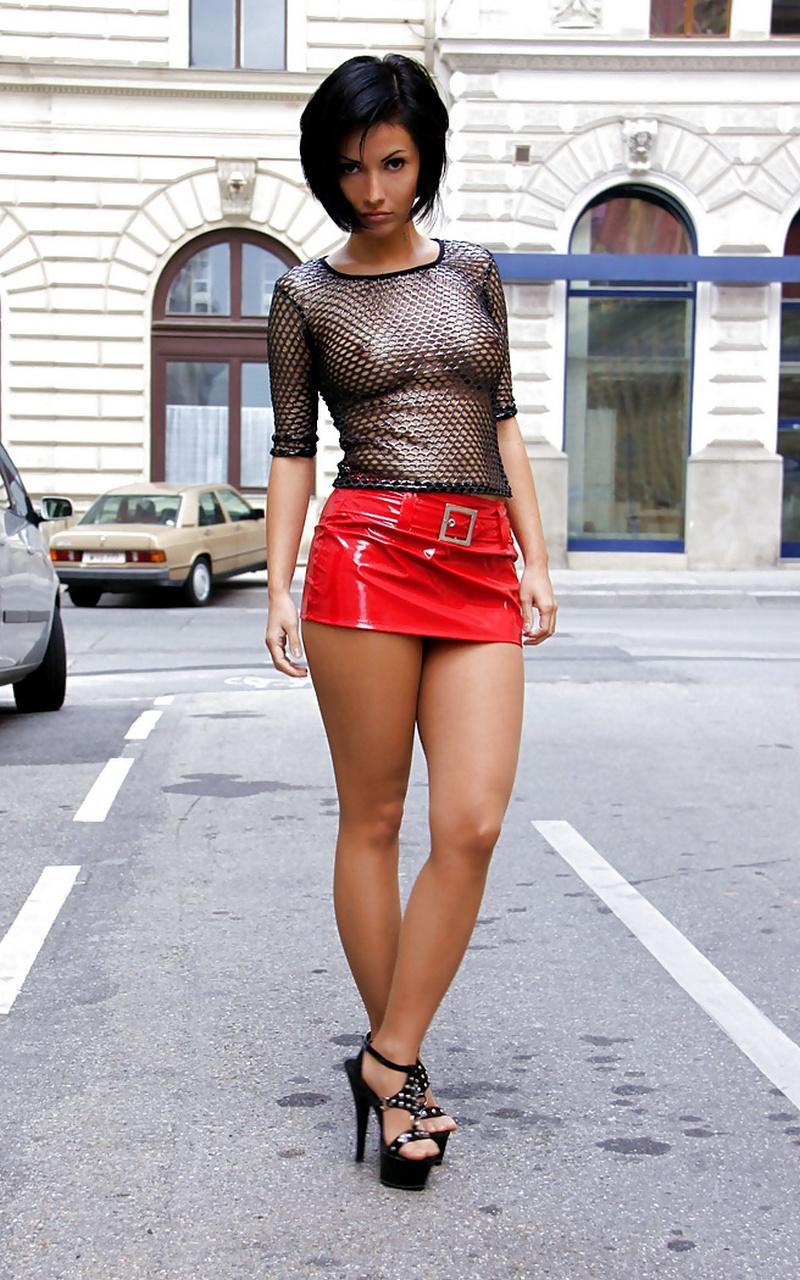 sexy-skirt-photo