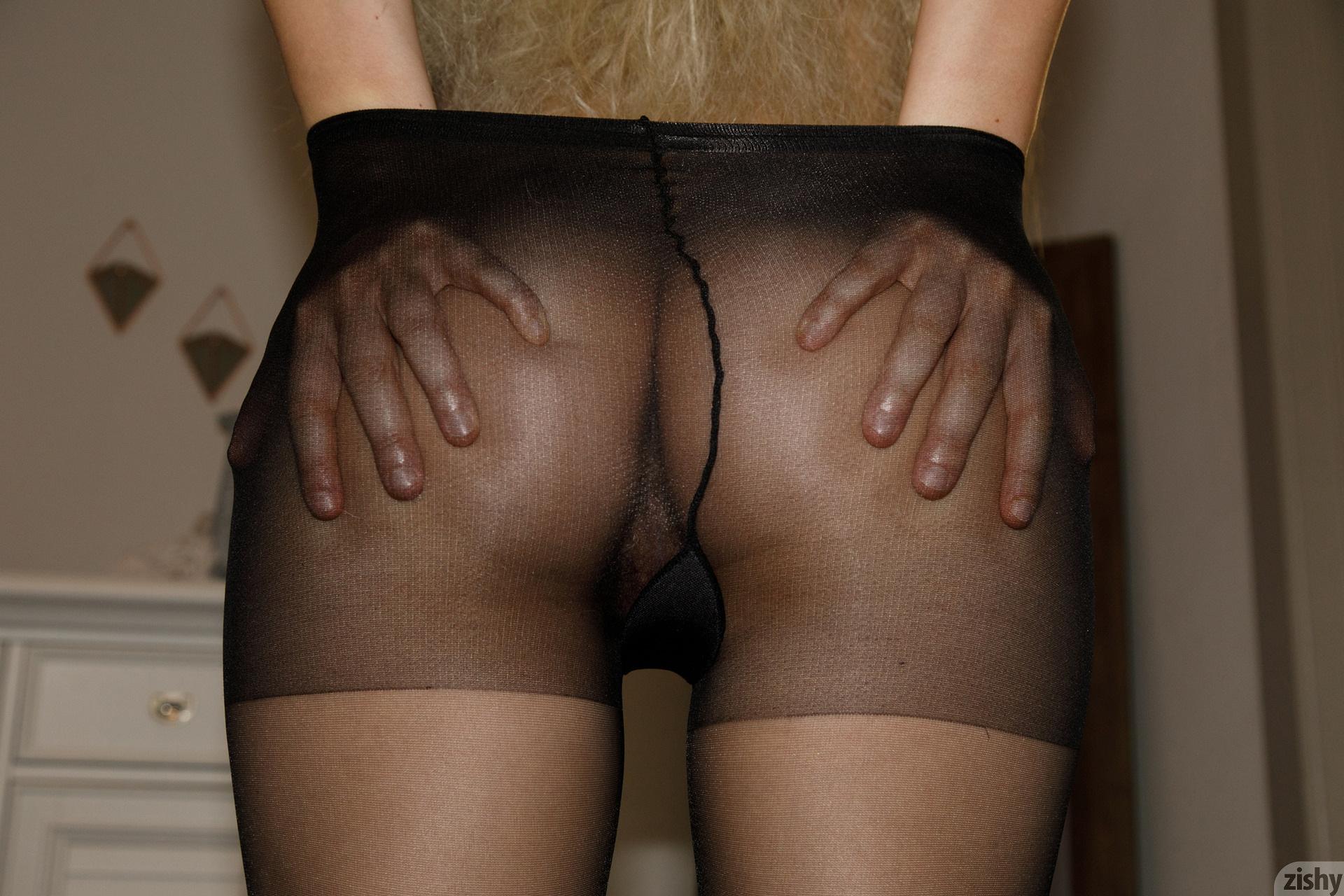 Sabrina Nichole Wigging Out Zishy (23)