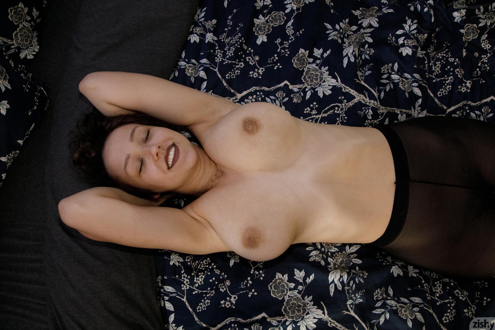 Sabrina Nichole Wigging Out Zishy (35)