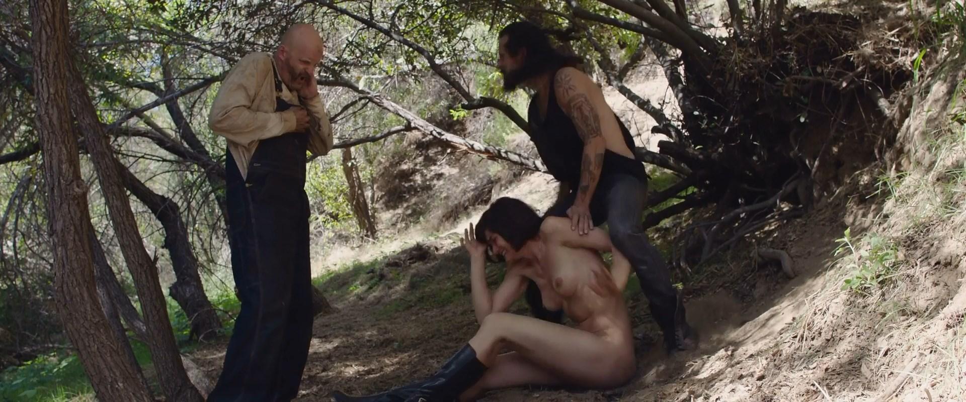 Jamie Bernadette Nude – I Spit On Your Grave Deja Vu 006