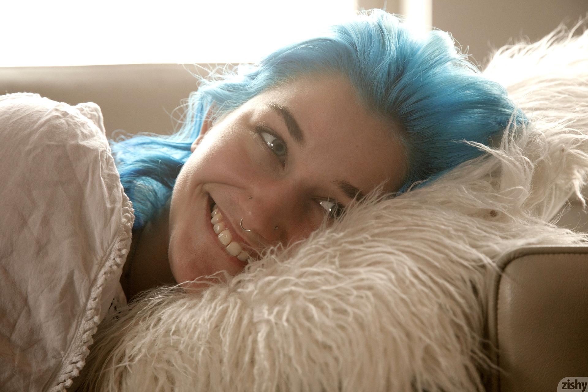 Skye Blue Soft Blue Zishy (26)