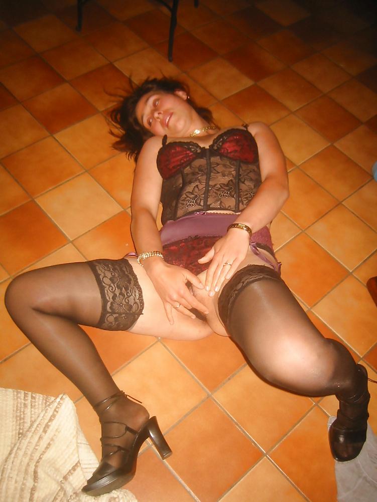 Koursaros Net Brunette Milf (22)