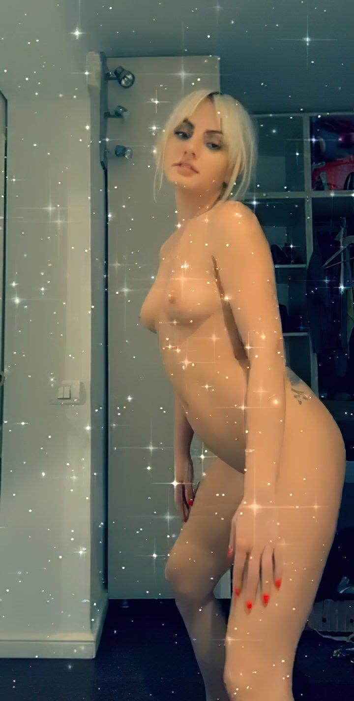 Alexandra Stan Nude Full Frontal Leaked 0018