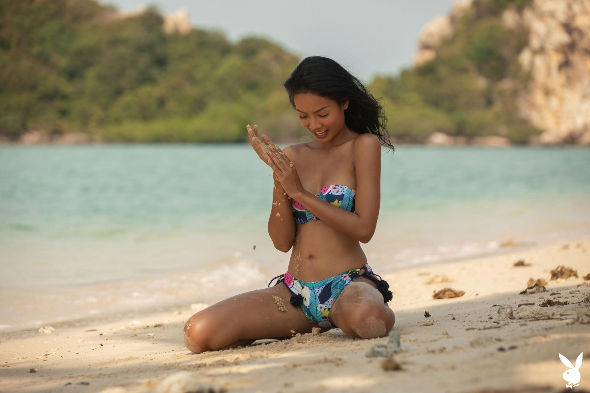 Magen Hana In Island Mentality Playboy Plus (3)