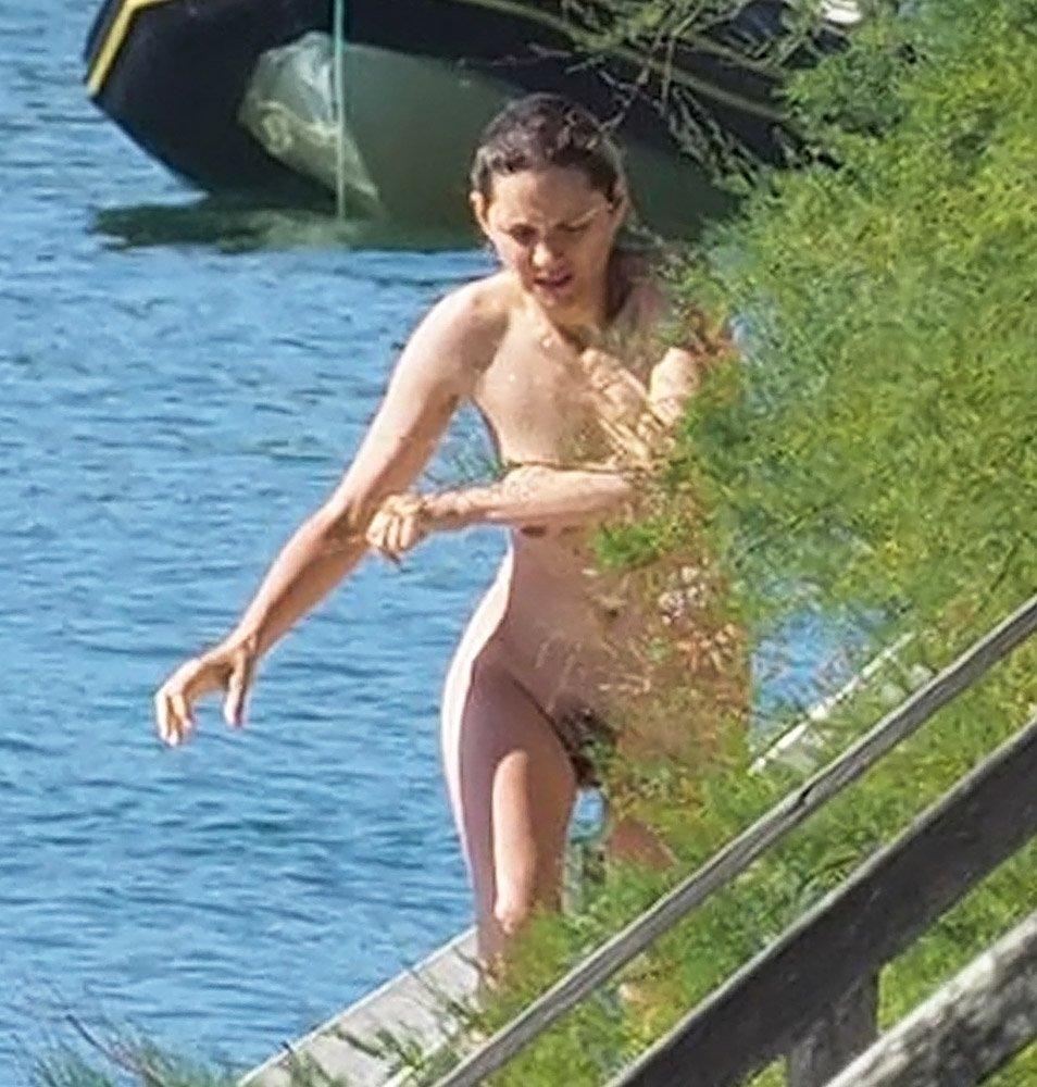 Marion Cotillard Nude 0046