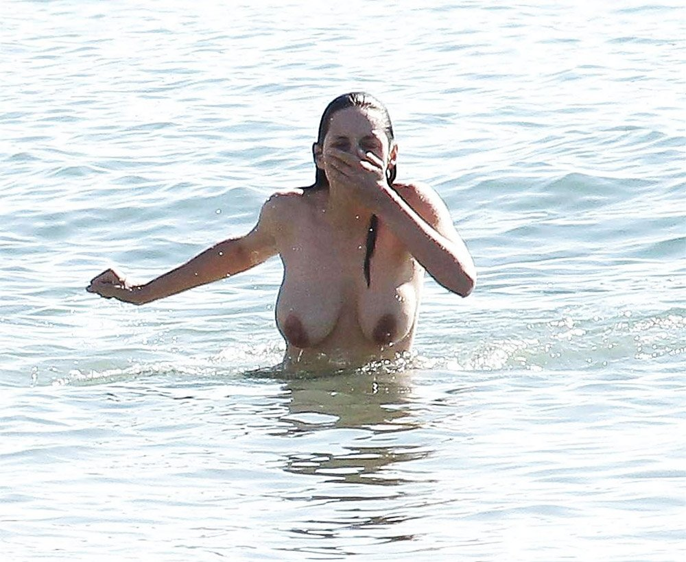 Marion Cotillard Nude 0058