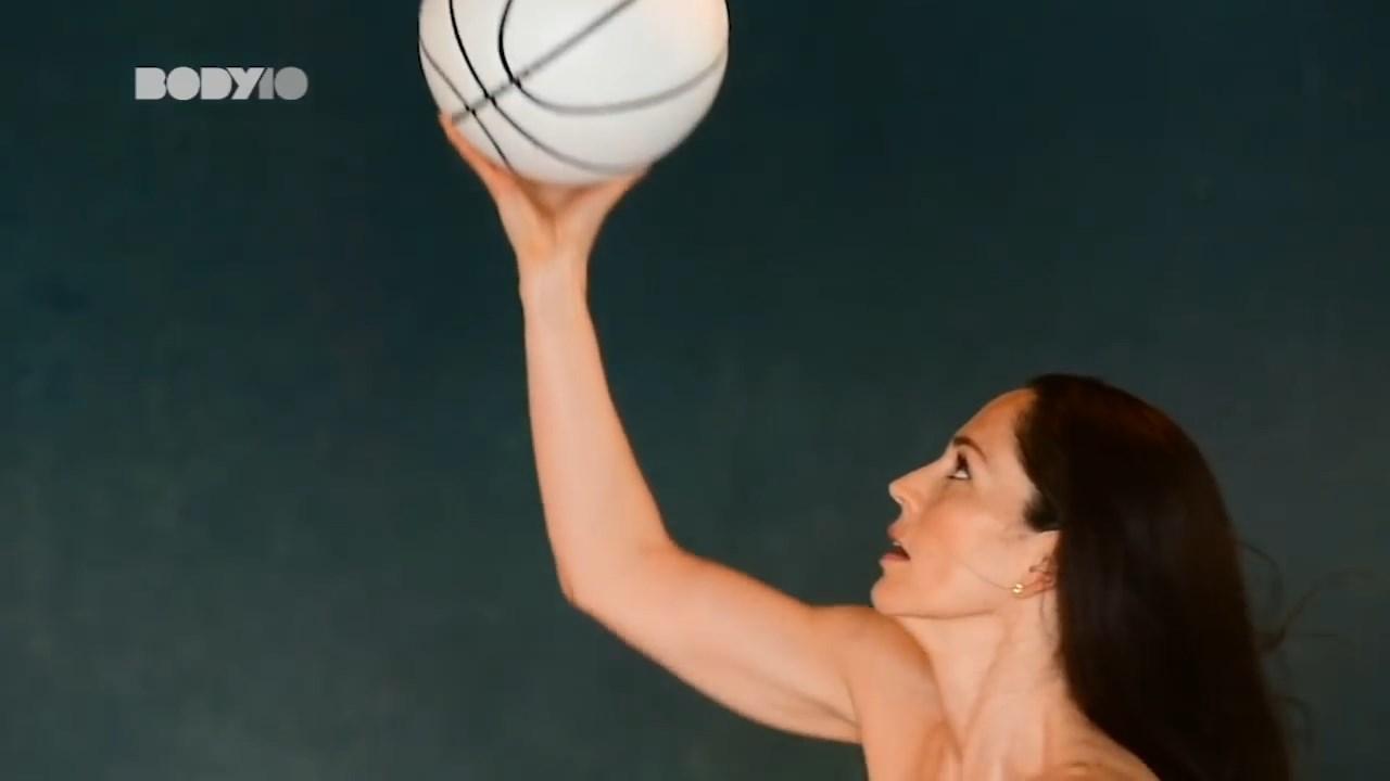 Sue Bird, Megan Rapinoe Nude 0027