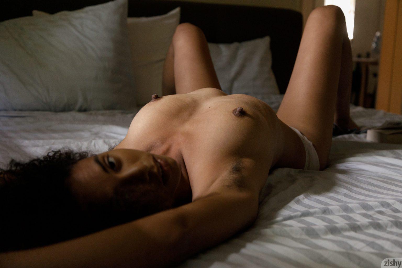 Hot females tophatal's blog