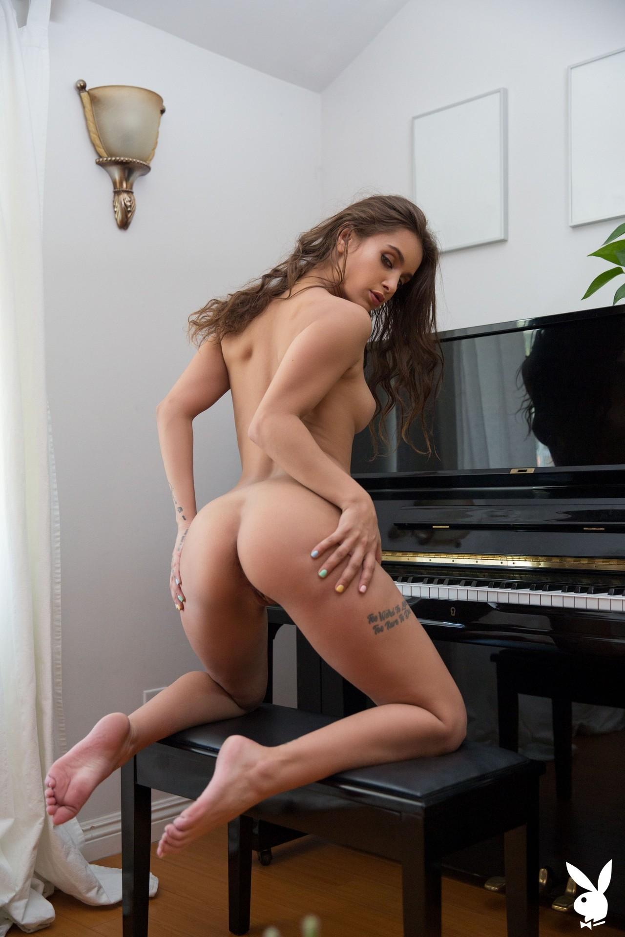Uma Jolie In Soulful Expression Playboy Plus (24)