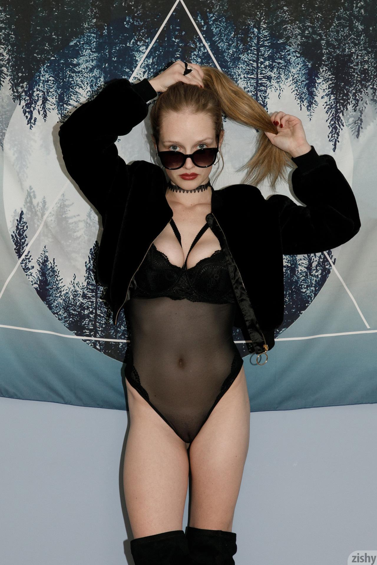 Giana Van Patten Black Coke Mirror Zishy (2)
