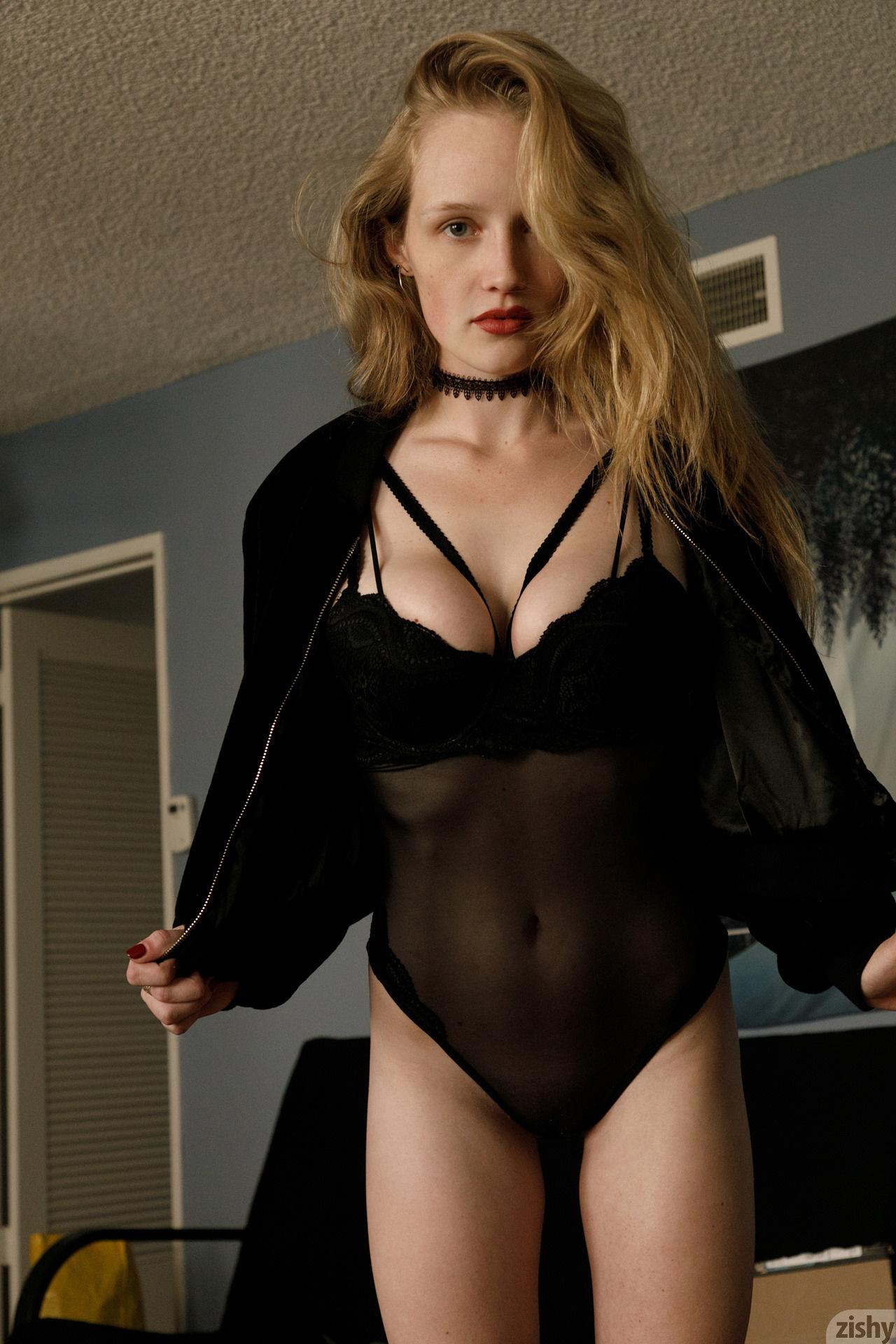 Giana Van Patten Black Coke Mirror Zishy (24)