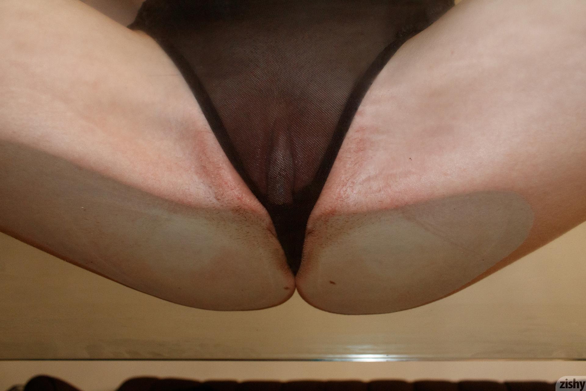Giana Van Patten Black Coke Mirror Zishy (34)