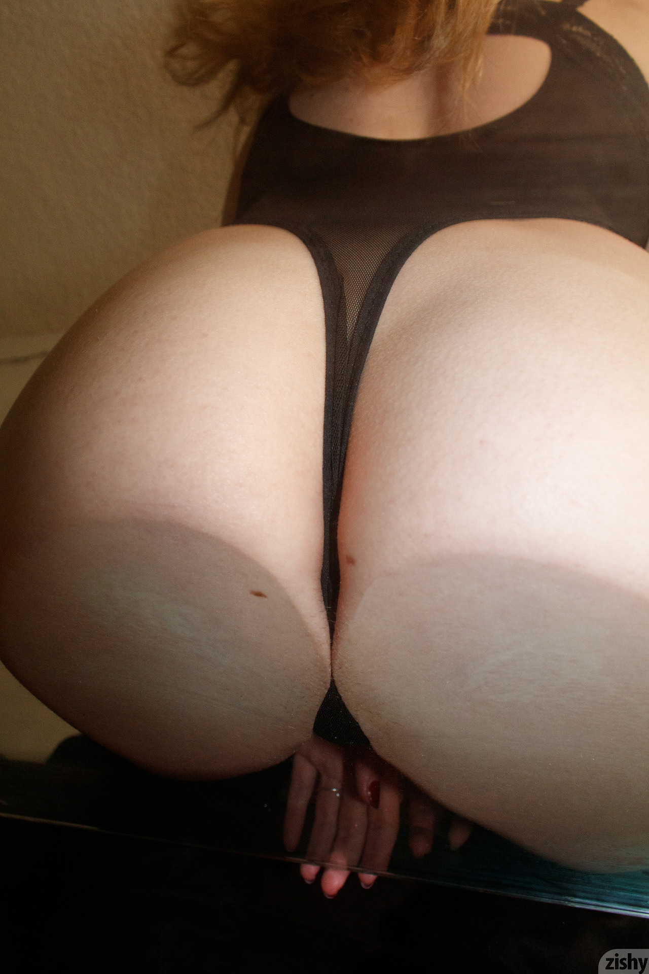 Giana Van Patten Black Coke Mirror Zishy (35)