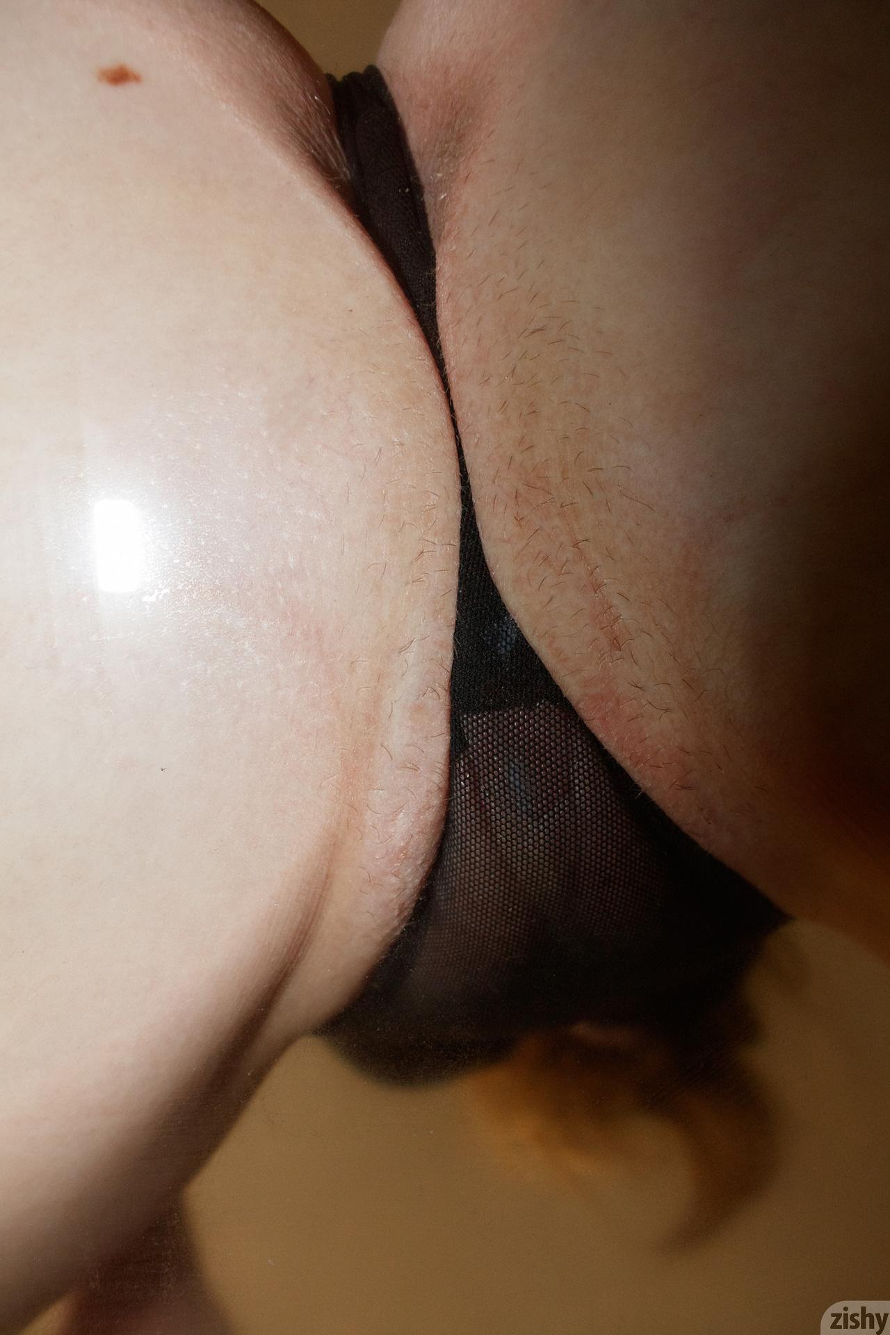 Giana Van Patten Black Coke Mirror Zishy (40)