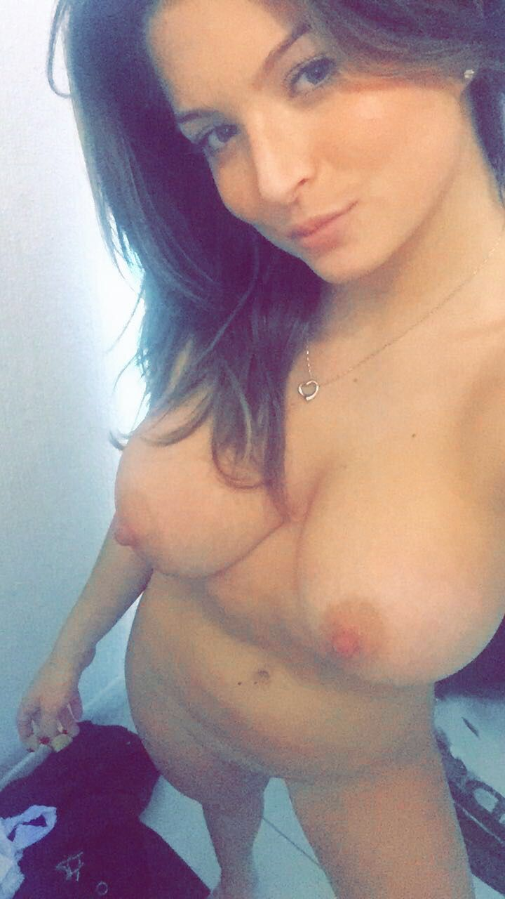 Zara Holland Nude Leaked The Fappening 0036