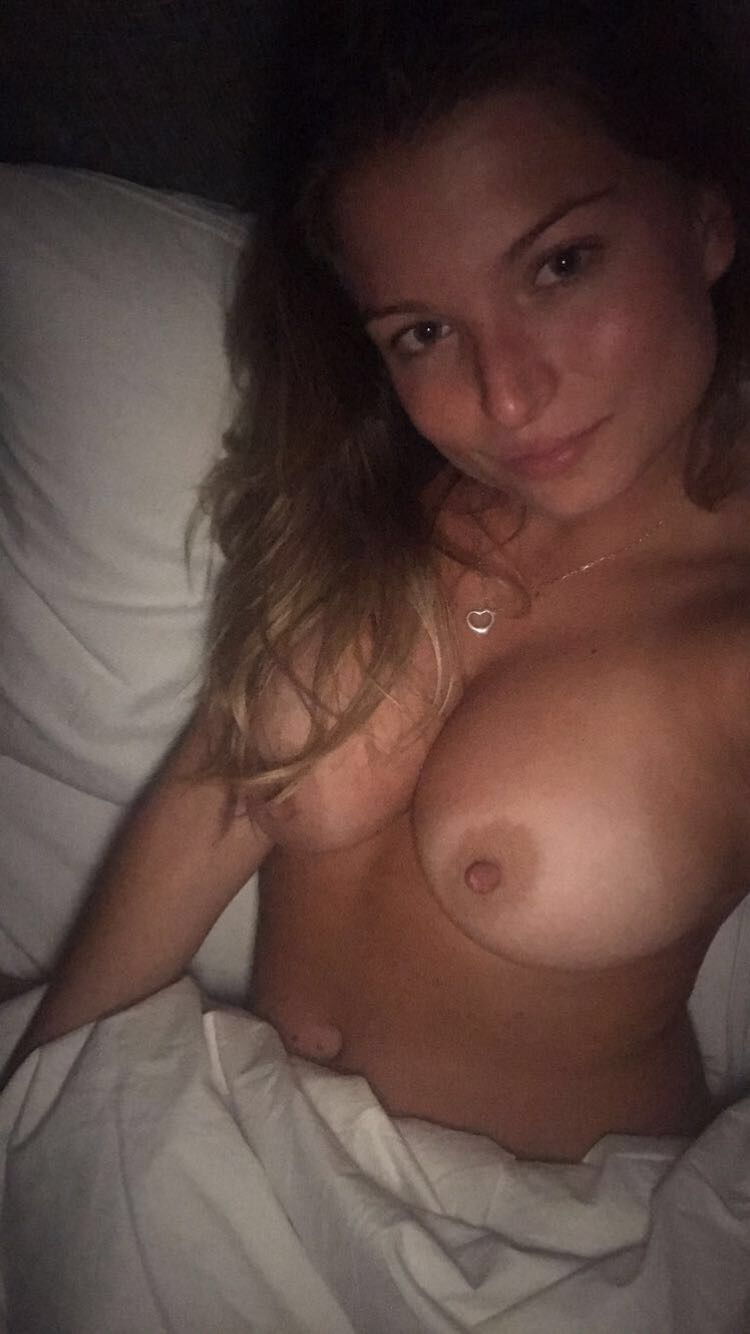 Zara Holland Nude Leaked The Fappening 0054