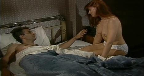 Καρυοφυλλιά Καραμπέτη Όλες οι γυμνές και σέξι σκηνές από την τηλεοπτικής σειρά Βαμμένα Κόκκινα Μαλλιά