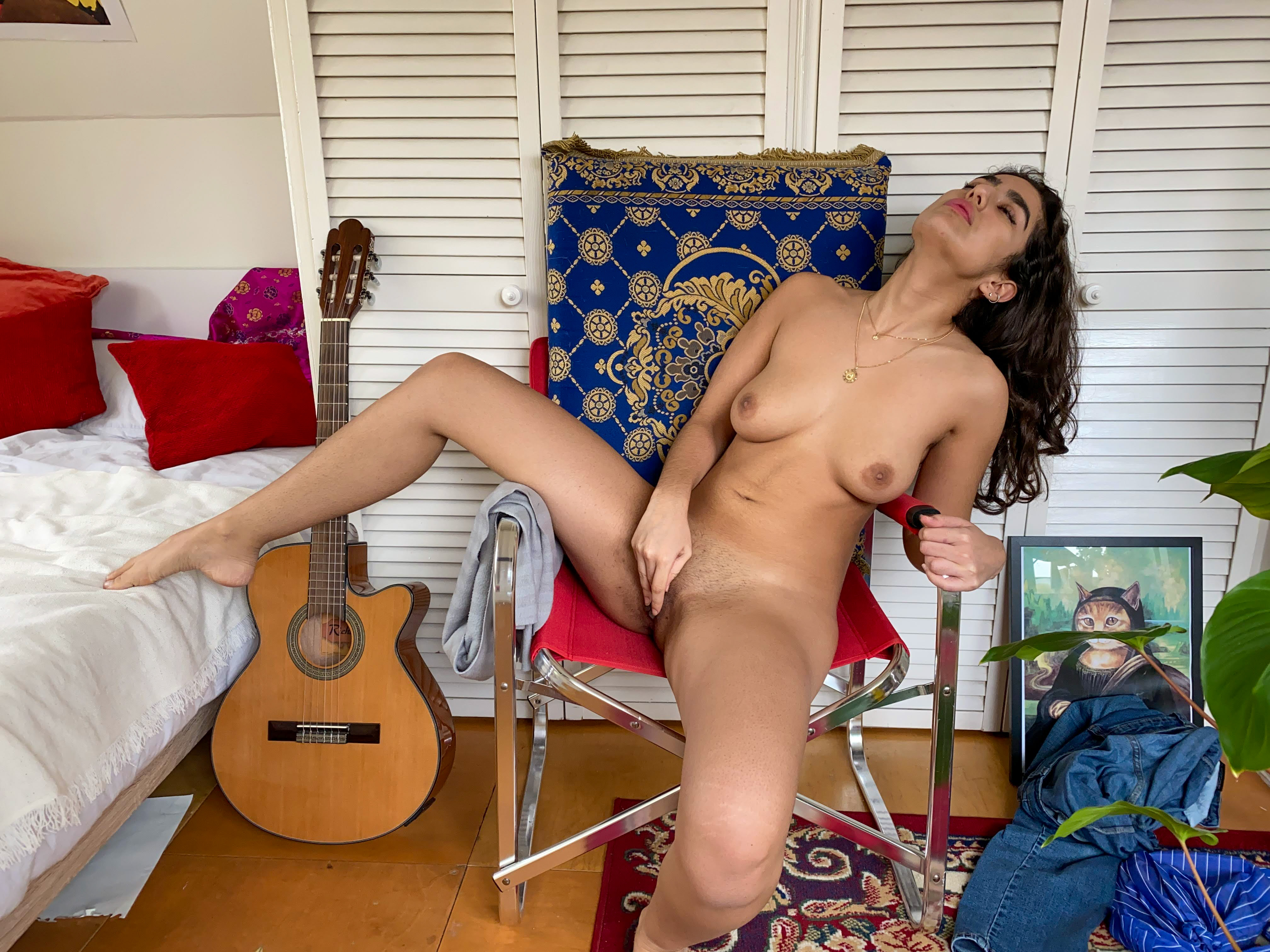 Ersties.com Intimate Moments Luna X. – The Embodiment Of The Colour Red (21)