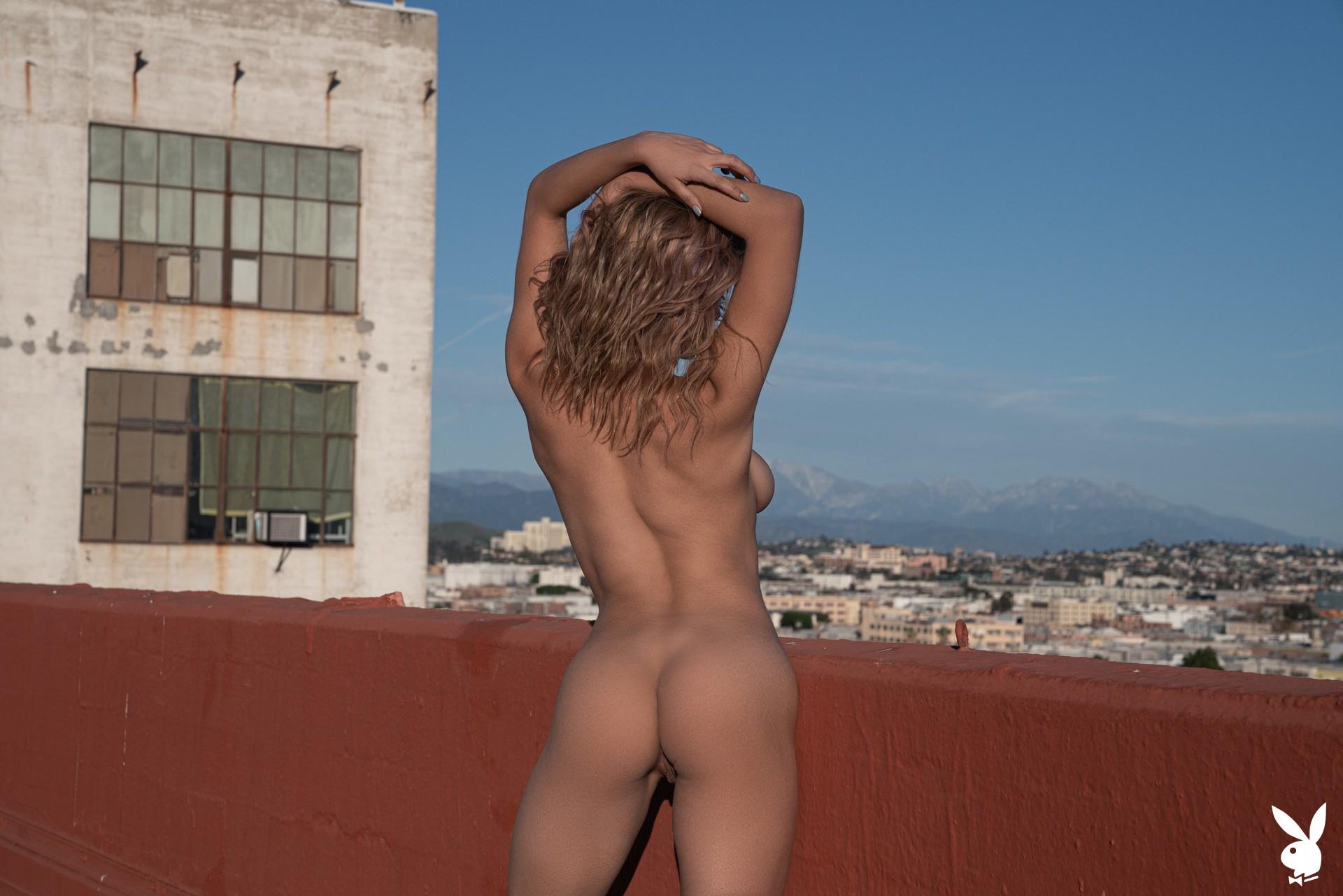 Mia Valentine In High Rise Playboy Plus (32)