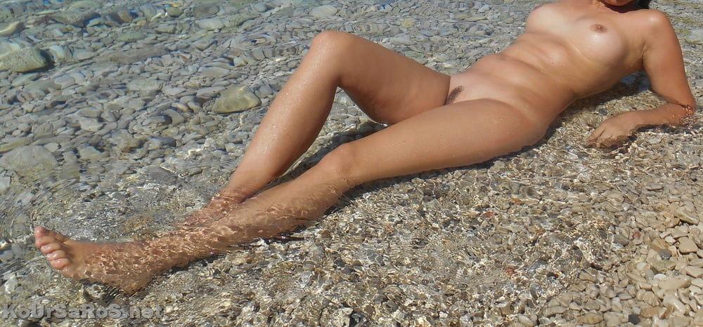 Η Λίνα, διαφημίζει Ελλάδα και Ελληνικές παραλίες! 0003