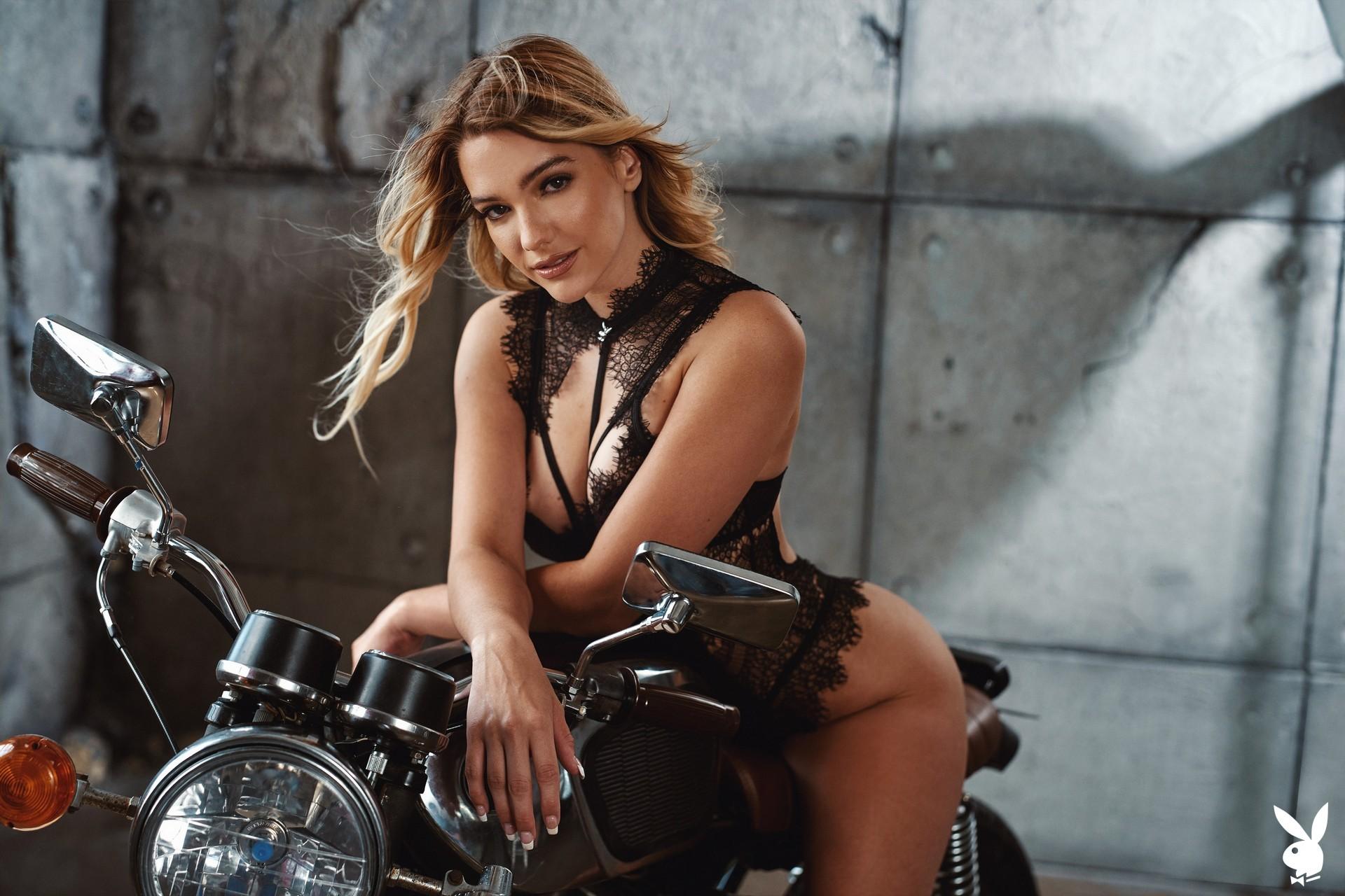 Kenna James In Seductive Movements Playboy Plus (2)