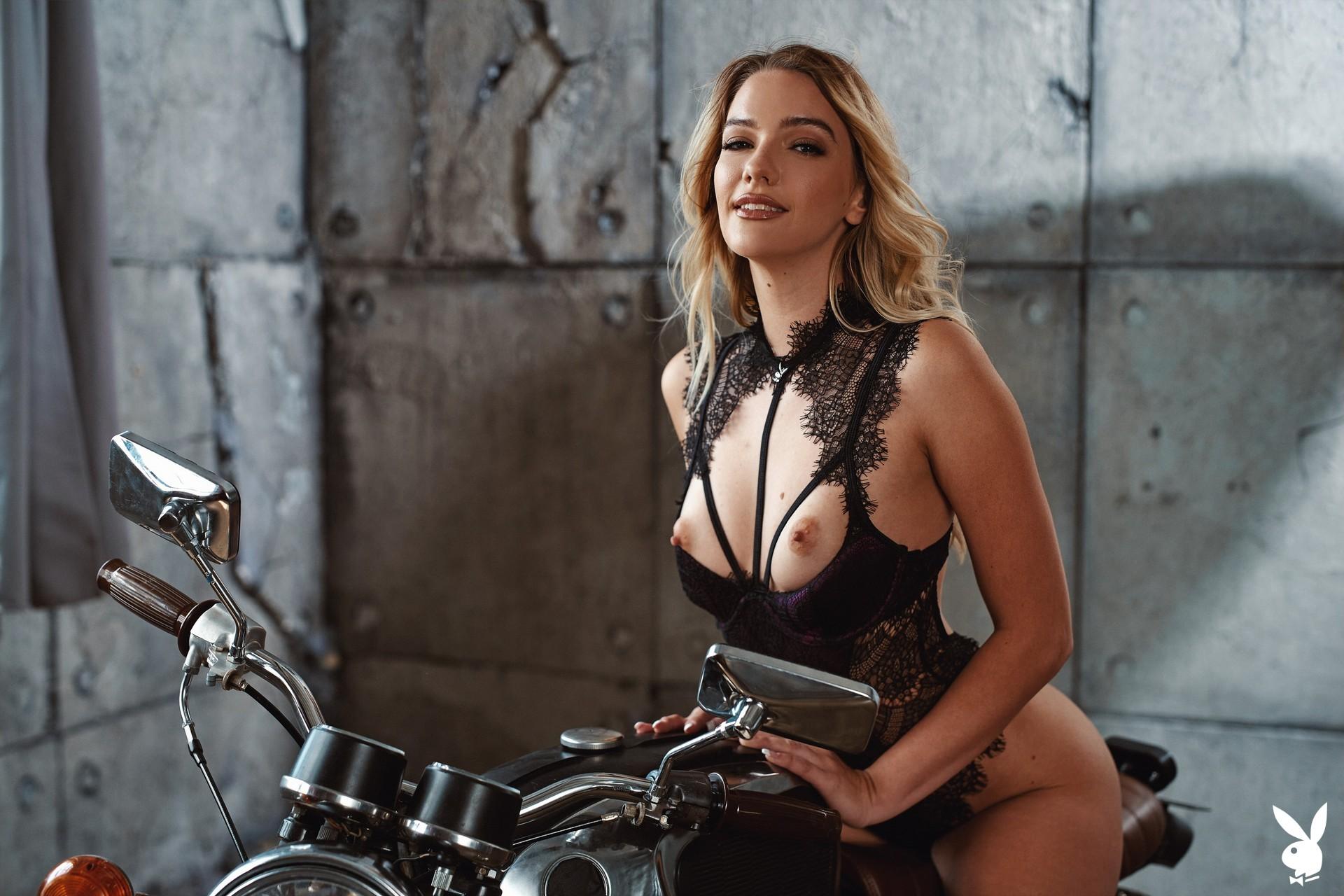 Kenna James In Seductive Movements Playboy Plus (3)