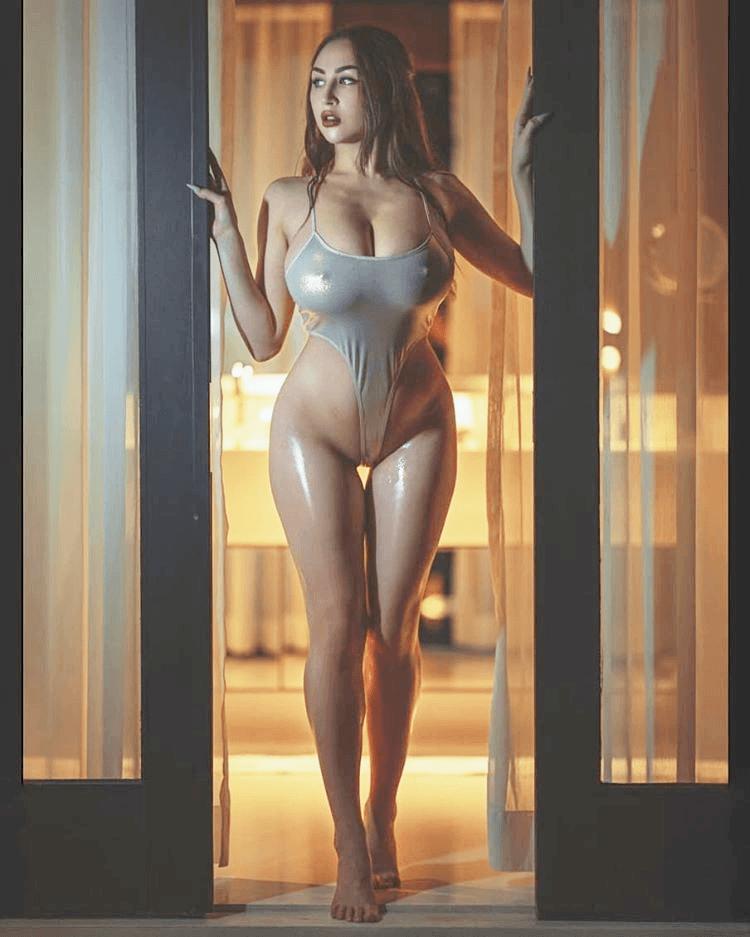 Louisa Khovanski Nude Onlyfans Leaked 0007