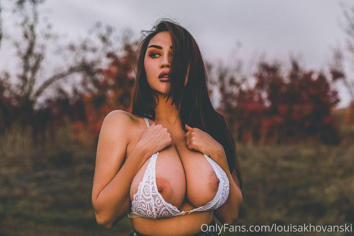 Louisa Khovanski Nude Onlyfans Leaked 0009