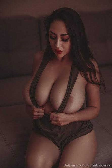 Louisa Khovanski Nude Onlyfans Leaked 0010