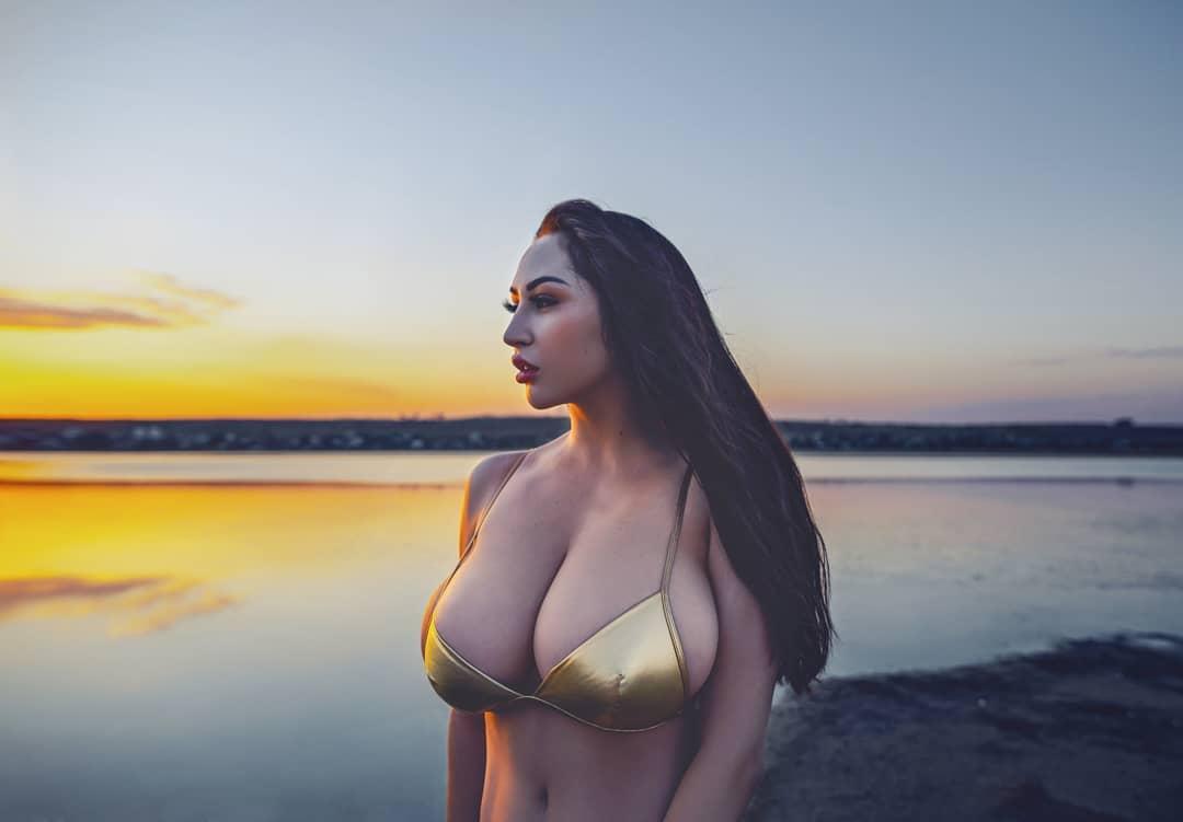 Louisa Khovanski Nude Onlyfans Leaked 0035