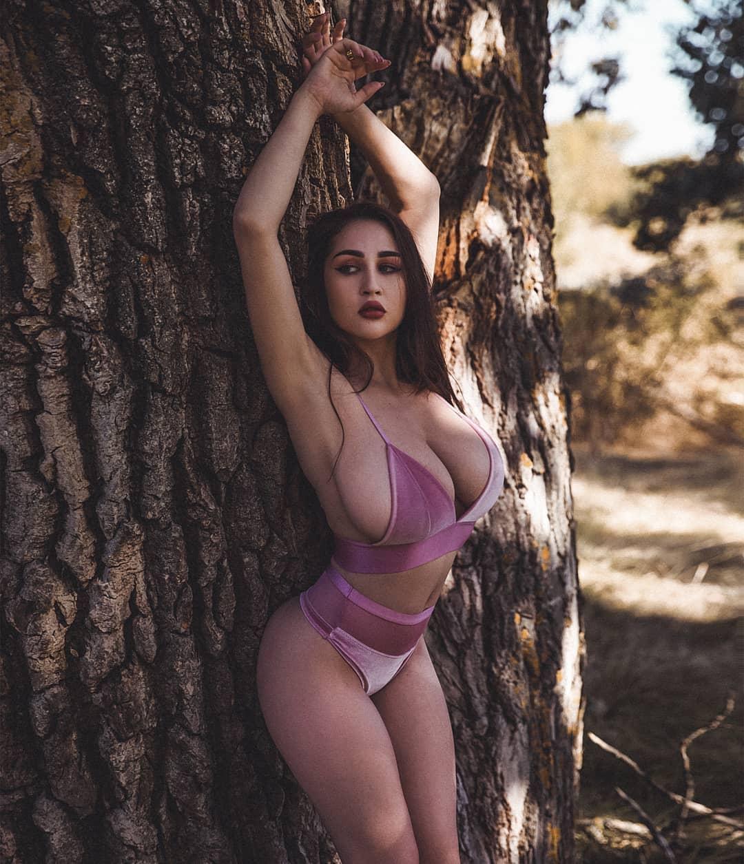 Louisa Khovanski Nude Onlyfans Leaked 0050