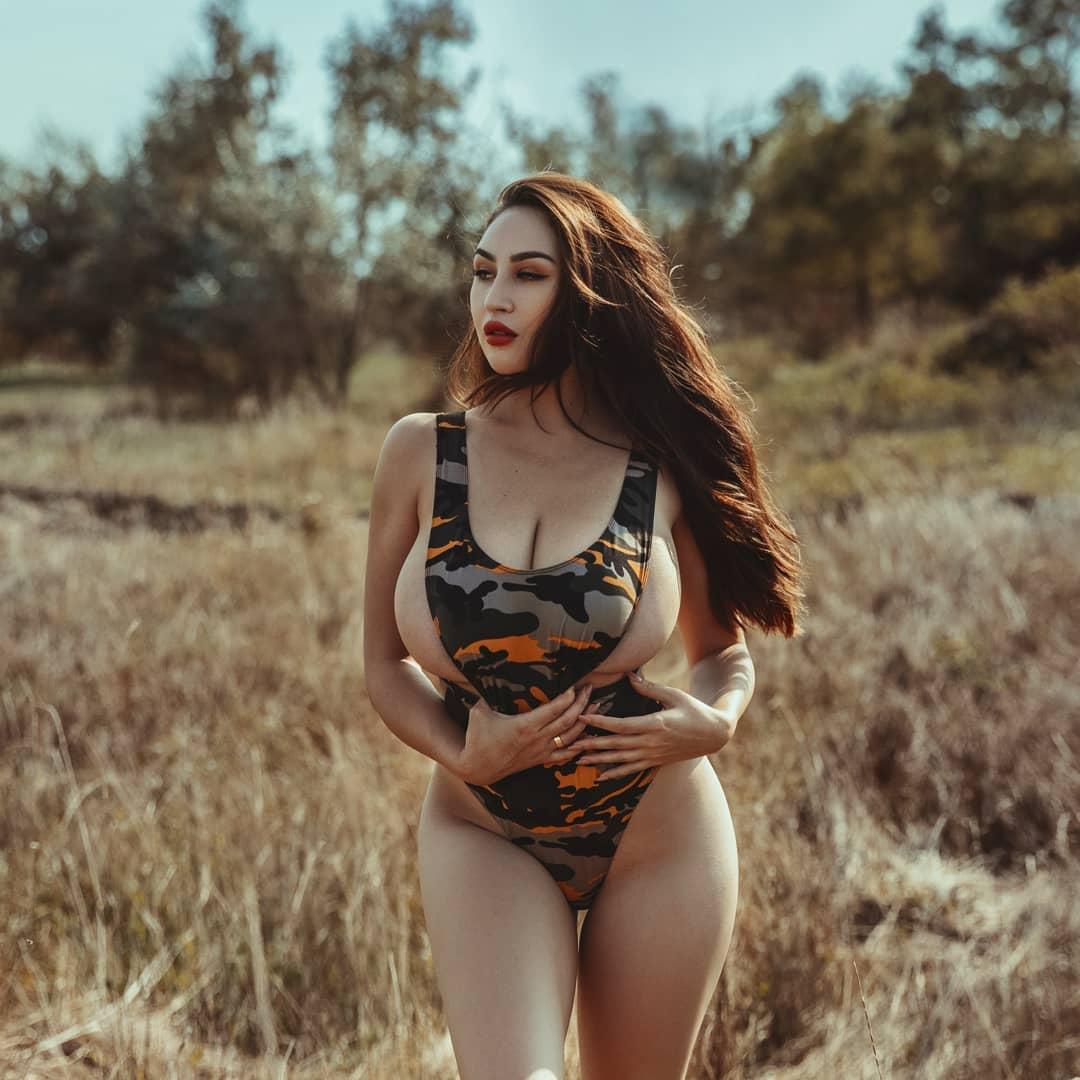 Louisa Khovanski Nude Onlyfans Leaked 0053