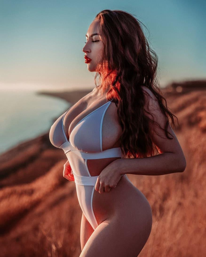 Louisa Khovanski Nude Onlyfans Leaked 0055