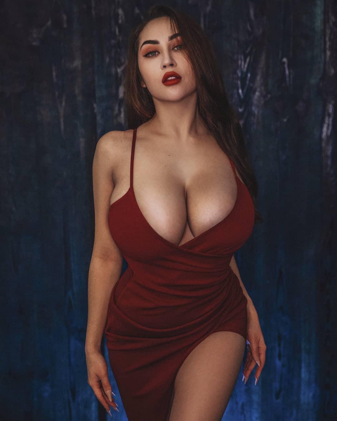 Louisa Khovanski Nude Onlyfans Leaked 0058