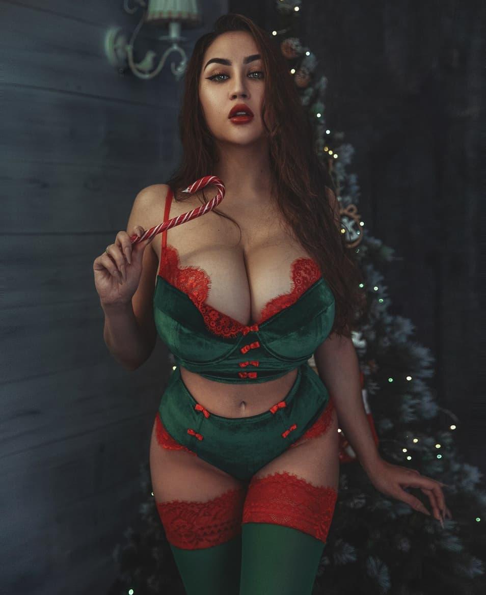 Louisa Khovanski Nude Onlyfans Leaked 0059