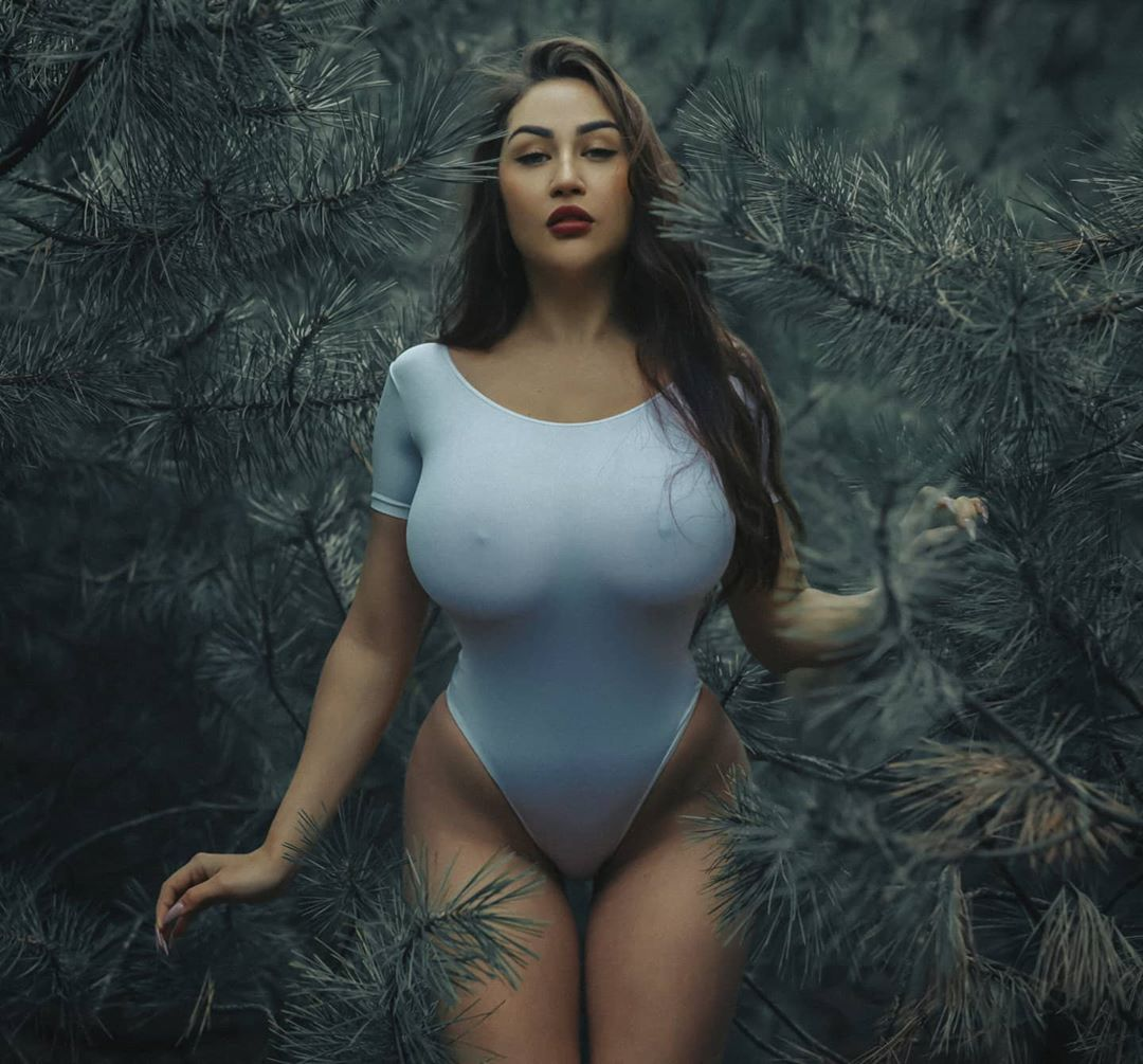 Louisa Khovanski Nude Onlyfans Leaked 0063