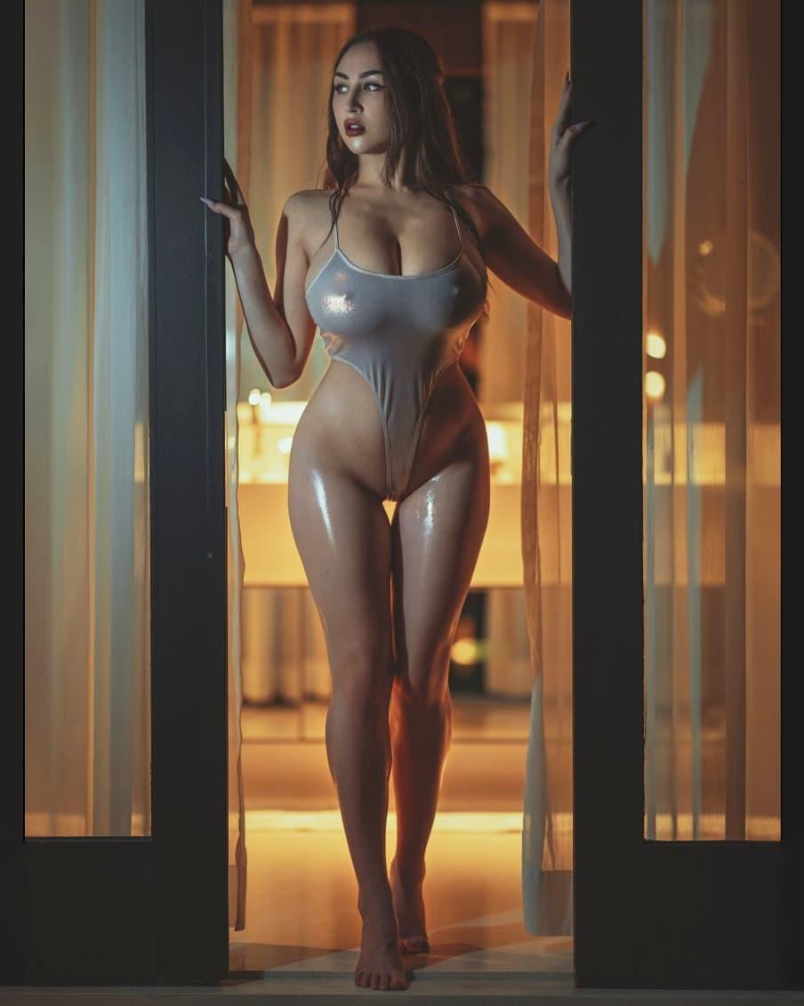 Louisa Khovanski Nude Onlyfans Leaked 0067