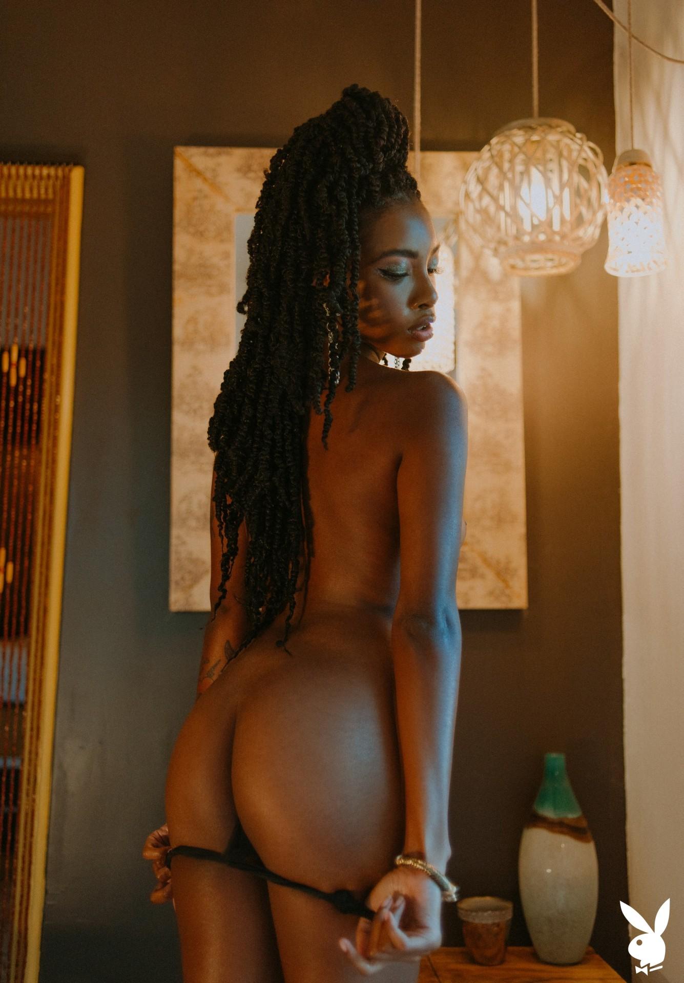 Sarissle In Little Luxuries Playboy Plus (18)