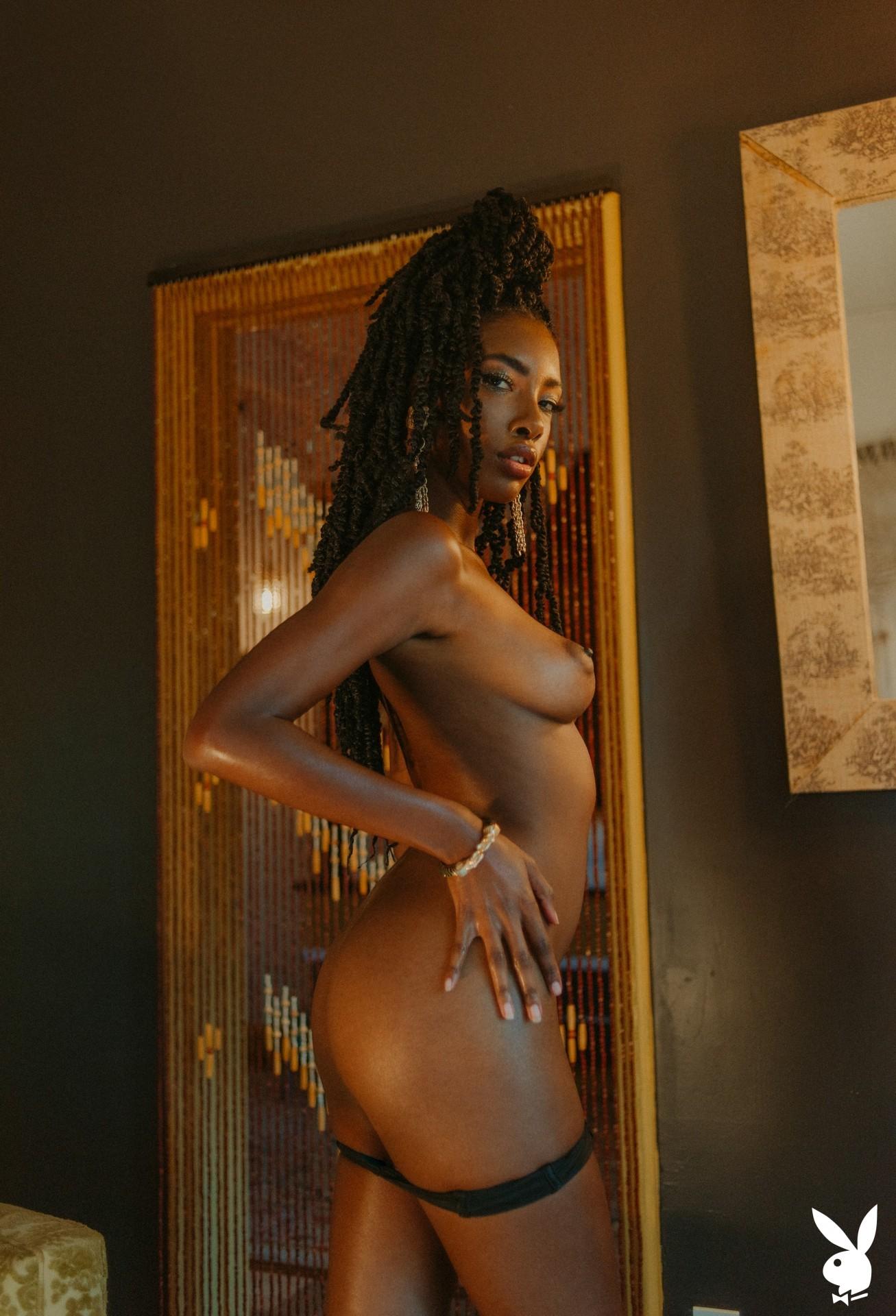 Sarissle In Little Luxuries Playboy Plus (19)