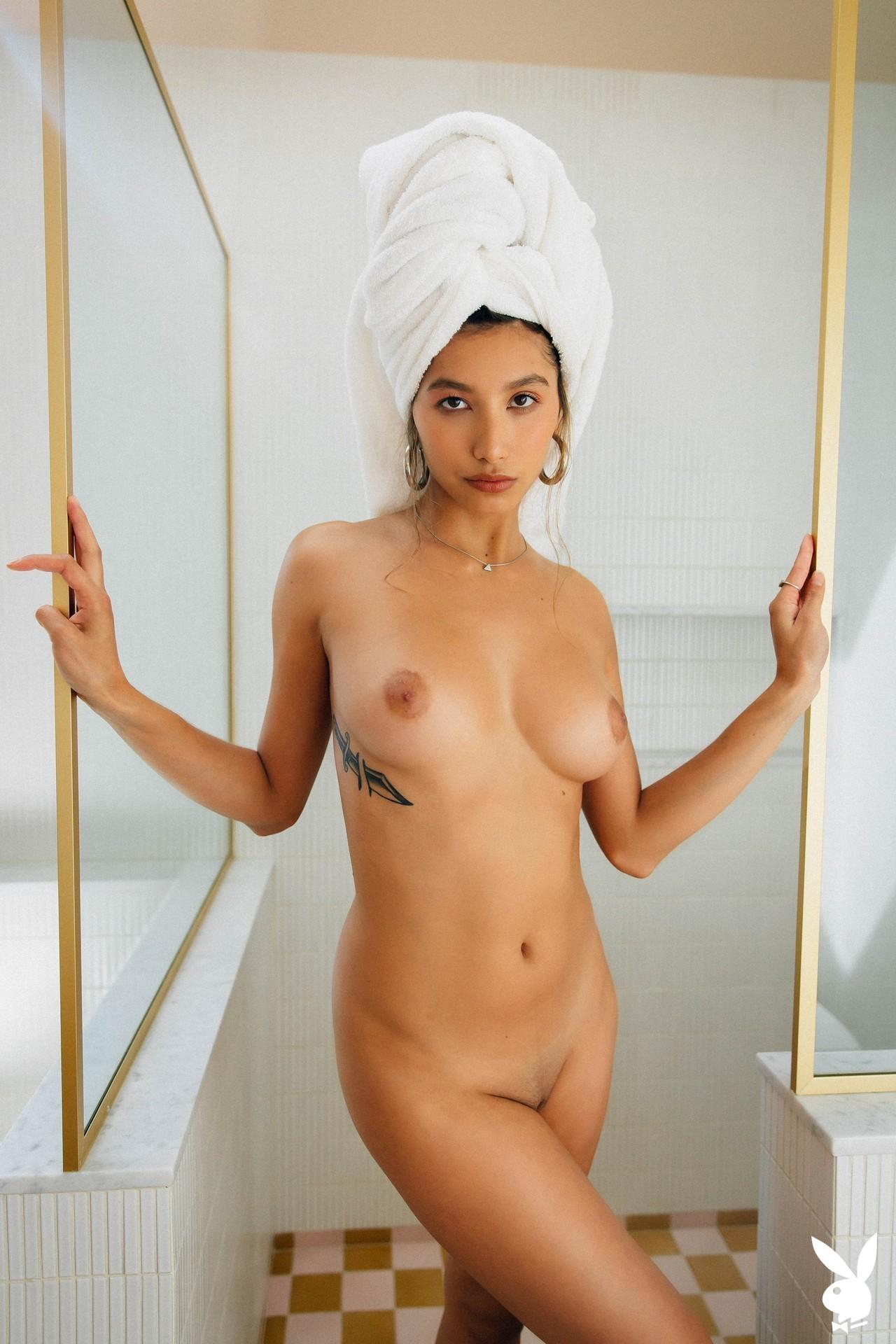 Dominique Lobito In En Suite Playboy Plus (23)
